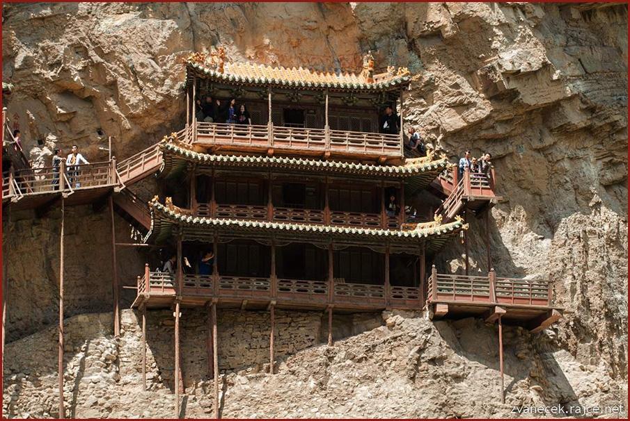 Létající taoistický chrám Xuankongsi